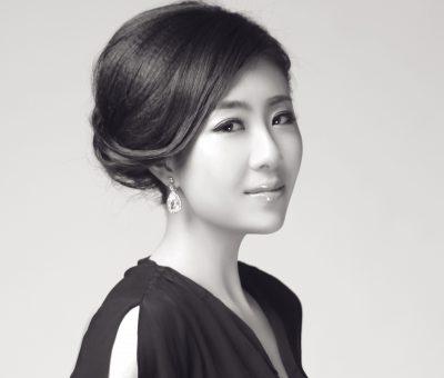 Staff Pianist Tong Tong