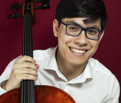 Headshot of Cellist Zlatomir Fung