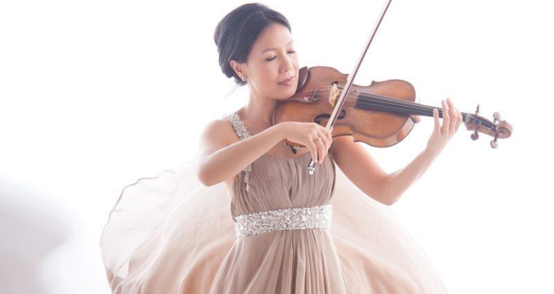 Violist Hsin-Yun Huang
