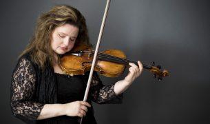 Violinist Renee Jolles